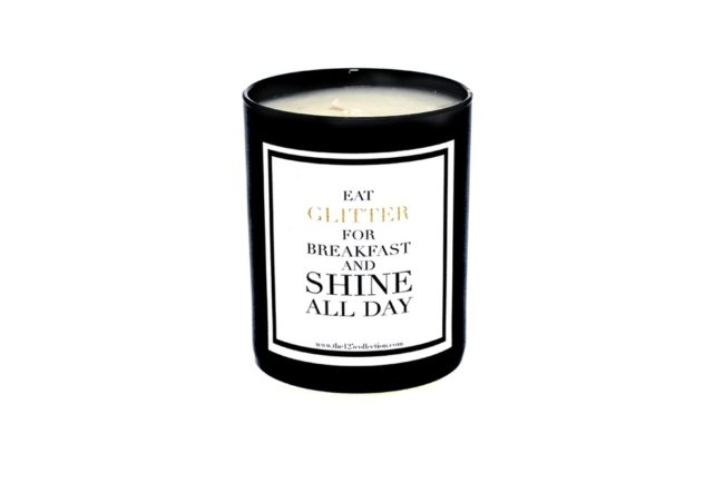 a candle by 125 Collection (© 125 Collection)